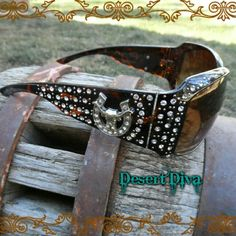 🎯CLEARANCE $20-Bling Steer/Longhorn Sunglasses Crystal embellished Brown Western, Cowgirl Accessories Sunglasses