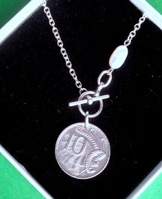 10th Anniversary Gifts, Silver Anniversary, Christmas Labels, World Coins, Claddagh, Celtic Knot, Antique Gold, Fashion Necklace, Necklace Lengths