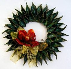 milkweed pods crafts for christmas | Christmas Wreath made from milkweed pods. - OCCASIONS AND HOLIDAYS