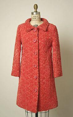 Cristóbal Balenciaga F/W 1963 silk coat. The Met, gift of Mrs. Charles B. Wrightsman, 1969. Accession Number: C.I.69.38.7