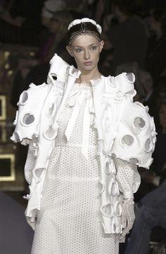 Sculptural Fashion - volume, exaggeration and textured surface detail - 3D fashion; creative fashion // Viktor & Rolf