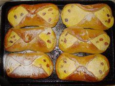 Branzoaice (a la mamaia) ~ Bucataria Irinei... Potatoes, Bread, Vegetables, Blog, Romanian Recipes, Potato, Brot, Vegetable Recipes, Blogging