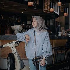 Casual Hijab Outfit, Ootd Hijab, Hijab Chic, Casual Outfits, Fashion Outfits, Women's Fashion, Muslim Fashion, Modest Fashion, Fasion