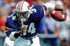 "Vincent Edward ""Bo"" Jackson Born : November 30, 1962 College : Auburn Hometown : Bessemer, Alabama"