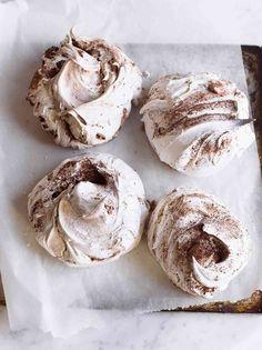Chocolate and Cinnamon Swirl Meringues Recipe
