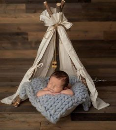 Fantastic baby arrival detail are available on our web pages. Have a look and you wont be sorry you did. Newborn Pictures, Baby Pictures, Newborn Pics, Newborn Posing, Newborn Session, Foto Montages, Foto Newborn, Pregnancy Information, Third Baby