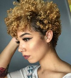 50 besten kurzen natürlichen Frisuren im Jahr 2017 afro bangs hair hair styles mujer peinados perm style curly curly Curly Hair Cuts, Short Hair Cuts, Curly Hair Styles, Natural Hair Styles, Curly Afro, Curly Bangs, Short Natural Curls, Tapered Natural Hair, Short Natural Black Hair