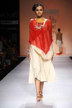 Suhani Pittie at Lakme Fashion Week Summer?Resort 2013 Mumbai