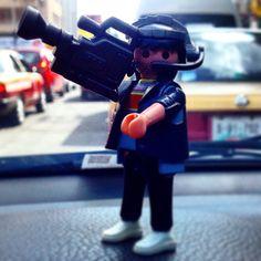 """Presentación en sociedad de """"JP, el pequeño camarógrafo"""" #JPlittlecameraman #cameraman #TV #journalist #press #Playmobil #11"""
