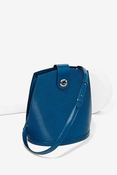 Vintage Louis Vuitton Cluny Bucket Bag Blue | Shop Vintage Goldmine #5 - Louis Vuitton at Nasty Gal