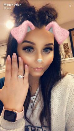 Love the ring Beautiful Person, Beautiful People, Tiffany Rose, Dark Hair, Got Married, Youtubers, Beauty Makeup, Dream Wedding, Hair Styles