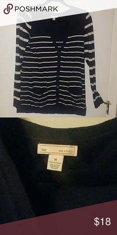 Gap cardigan. Medium Gap cardigan. Medium. Navy and white. Made with silk. Pockets on front. Full button. GAP Sweaters Cardigans