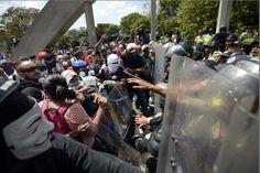 VENEZUELA-POLITICS-OPPOSITION-PROTEST Las impresionantes fotos que recorren el mundo de la represión de hoy en Bello Monte