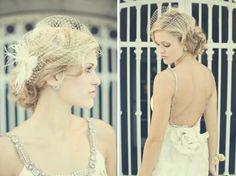 Weddbook ♥ Pretty birdcage veil with flower and feather detail. Vintage wedding hair accessories. veil vintage birdcage