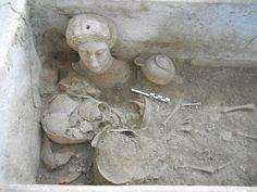 Reperti di particolare interesse #storico e #archeologico sono venuti alla luce x lavori dell'AqP a #Taranto.   http://www.ansa.it/puglia/notizie/2017/06/28/archeologia-scoperti-reperti-a-taranto_404a95a4-74b7-49ba-b790-30f116d30bf6.html