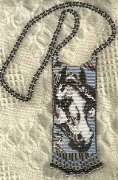 horse beaded necklace, loom style, basket weave