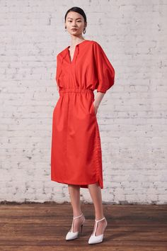 Jason Wu Resort 2020 Fashion Show - Vogue Jason Wu, Fashion Week, Fashion 2020, Fashion Show, Fashion Design, Hijab Fashion, Fashion Outfits, Casual Dresses, Summer Dresses