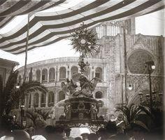 Fiesta de la Virgen de los Desamparados, entre 1914 a 1930. Fotografía de Francisco Roglá López, (1894-1936). Colección de fotografías de Valencia. Donación Familia Roglá