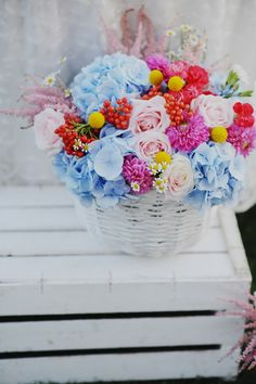 blue and pink hydrangeas - photo by L&V Photography http://ruffledblog.com/colorful-italian-wedding/