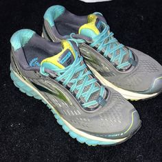 more photos 9afbf 65fce Shop Women s Brooks Gray Blue size Athletic Shoes at a discounted price at  Poshmark.