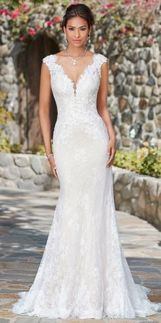 cn provides top quality Fabulous Lace V neck Neckline Natural Waistline Mermaid Wedding Dress With Lace Appliques & Beadings. Buy discount Fabulous Lace V neck Neckline Natural Waistline Mermaid Wedding Dress With Lace Appliques & Beadings with High Neck Lace Dress, V Neck Wedding Dress, Perfect Wedding Dress, Boho Wedding Dress, Dress Lace, Modest Wedding, Lace Trumpet Wedding Dress, Mermaid Dress Wedding, Cruise Wedding Dress