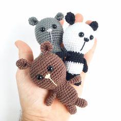 Gratis opskrift på Unkeldesigns Tiny Bears Lana, Hello Kitty, Pokemon, Barbie, Teddy Bear, Passion, Bear Patterns, Free Pattern, Bears