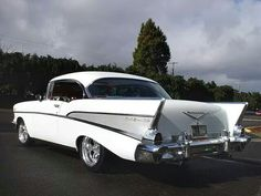 1957 Chevy...I had one of these in the early 60s.