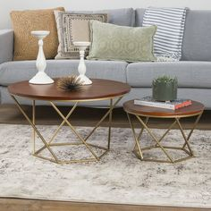 Silver Orchid Grant Geometric Glass Nesting Coffee Tables in Gold (As Is Item) (Gold), Brown Walnut Coffee Table, Round Coffee Table, Modern Coffee Tables, Round Dining, New Living Room, Living Room Furniture, Living Room Decor, Table Cafe, Design Salon