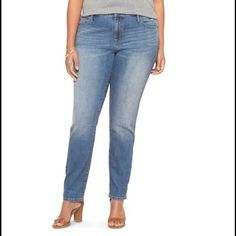 Ava & Viv Plus Size Jean Like new condition. Worn twice and washed once. Straight leg fit/ MID RISE Ava & Viv Pants