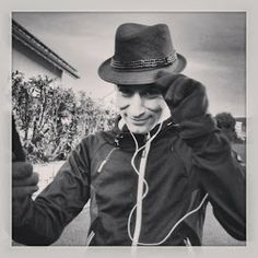 Do secret agents This one for sure! Agent Dan on his secret running mission. Good People, Cover, Cowboy Hats, Dan, Exercise, Running, Amazing, Ejercicio, Western Hats