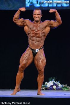 Mozolani Pro Classic Bodybuilding 2016 Contest- Bodybuilding - Bodybuilder Ronny Rockel