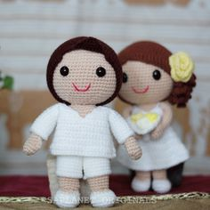 The boy's charming; the girl's gorgeous. #weddingdolls #wedding #saplanetoriginals #crochet #handmade #amigurumi #decoration #gifts #beachwedding