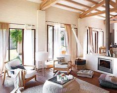 Estilo rústico más suavizado Una casa a campo abierto