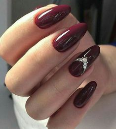 Burgundy Nail Designs, Burgundy Nail Art, Burgundy Wine, Burgundy Color, Red Stiletto Nails, Red Acrylic Nails, Coffin Nails, Dark Red Nails, Maroon Nails