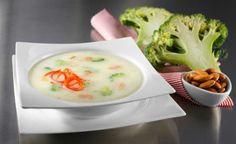 Bademli kremalı brokoli çorbası - Aileport.com'da