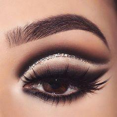 Makeup Eye Looks, Eye Makeup Art, Dark Makeup, Eye Makeup Tips, Smokey Eye Makeup, Makeup Geek, Makeup Trends, Eyeshadow Makeup, Eyeshadows