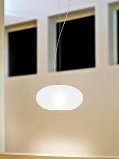 Die AIH Einzelpendelleuchte hat, wie die gesamten Leuchten der AIH-Serie, ein sehr modernes und schlichtes Design. Die Pendelleuchte wird über ein Drahtpendel zentral oder dezentral an der Decke befestigt. - Jetzt kaufen. Casablanca, Led, Aluminium, Ceiling Lights, Lighting, Pendant, Design, Home Decor, Light Fixtures