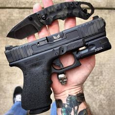 Military Blog / Weapons / Guns / Gunblr / Assault Rifles / Shotguns / Pistols / Revolvers / Sniper Rifles / Firearms Pictures Wallpapers - WeaponsLover Tumblr.