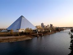 Memphis, Tennessee - http://imashon.com/w/memphis-tennessee.html