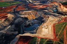 Yann Arthus Bertrand – 20 Anos de Retratos do Planeta // Yann Arthus Bertrand Paris Match National Geographic Life HOME   Nosso planeta noss...