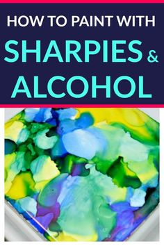 """You can make beautiful """"painted"""" tiles with Sharpies and alcohol. This full tutorial will show you how to paint with Sharpies and alcohol! Sharpie Alcohol, Alcohol Ink Glass, Alcohol Ink Crafts, Alcohol Ink Painting, Sharpies, Rubbing Alcohol, Alcohol Ink Tiles, Sharpie Tie Dye, Sharpie Pens"""