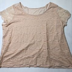 b52c3aa0ef0eb7 Women s Plus Size 26 28 Lane Bryant 3X Blush Pink Scalloped Lace Boho Blouse  Top
