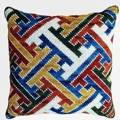 This Pin was discovered by Ala Cross Stitch Kits, Cross Stitch Designs, Cross Stitch Patterns, Diy Embroidery, Cross Stitch Embroidery, Embroidery Patterns, Needlepoint Pillows, Needlepoint Patterns, Bargello Patterns