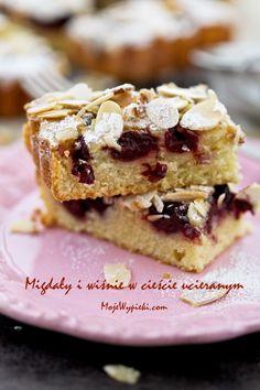 Gâteau aux cerises et aux amandes, recette en polonais, cliquer en haut sur le bouton traduction.
