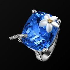 White gold Chalcedony Diamond Ring G34LM200 - Piaget Luxury Jewelry Online