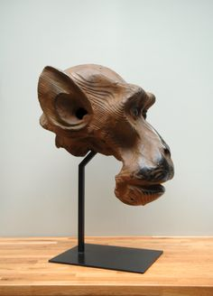 Quentin Garel - Study of macaque II - 2010 - Bronze - 77 x 54 x 46 cm - Edition of 8