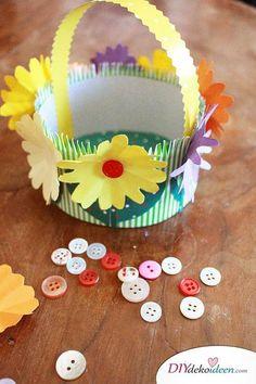 Bastelprojekt zu Ostern - DIY Körbchen mit Knöpfen schmücken