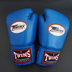 43c73b3aa31 Kick Boxing mma Gloves PU Leather guantes de boxeo Muay Thai karate  taekwondo Training Boxing Glove