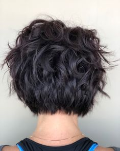 50 Chic and Stylish Wedding Hairstyles for Short Hair! gekämmt Mornings 50 Chic and Stylish Wedding Hairstyles for Short Hair! Short Pixie Haircuts, Short Hair Cuts, Pixie Bob, Bob Hairstyles, Wedding Hairstyles, Hairstyles Videos, Short Wedding Hair, Great Hair, Hair Today