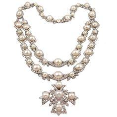 VAN CLEEF & ARPELS Highly Important  Diamond Pearl Sautoir
